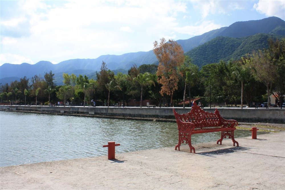 Between lake and mountians, the malecón in Ajijic is inviting all year round