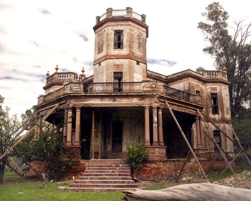 The former hacienda great house of Manuel Cuesta Gallardo.
