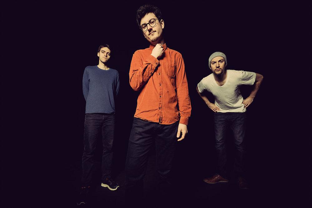 Elliot-Galvin-trio.v2.jpg