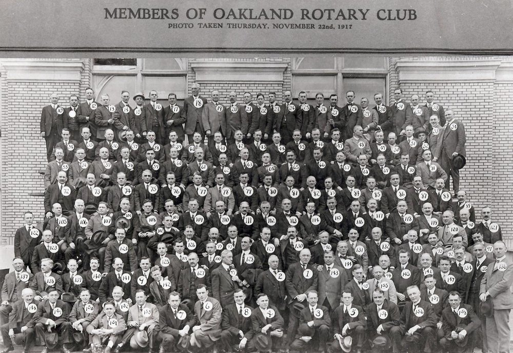 Rotary club of Oakland group portrait 1920s.jpg