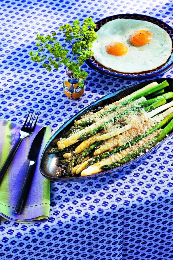 asparagi-alla-milanese-asparagus-a-la-milanese-c-missoni.jpg