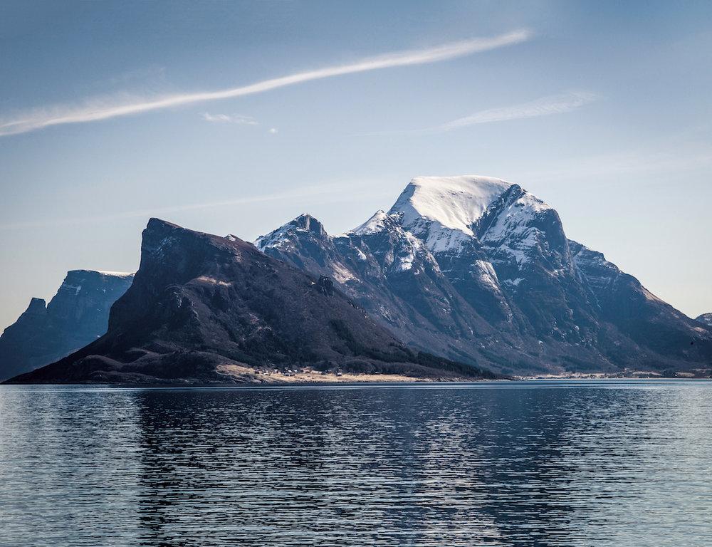 300-1 Hurtigruten.jpg