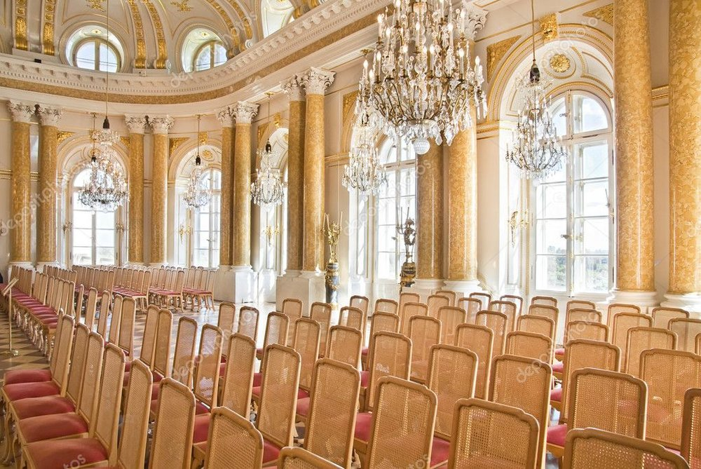 depositphotos_8372140-stock-photo-luxury-ballroom.jpg