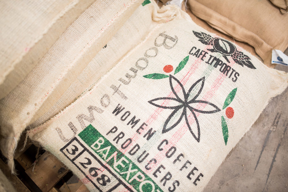 Cafe Imports Mujeres Colombianas coffee