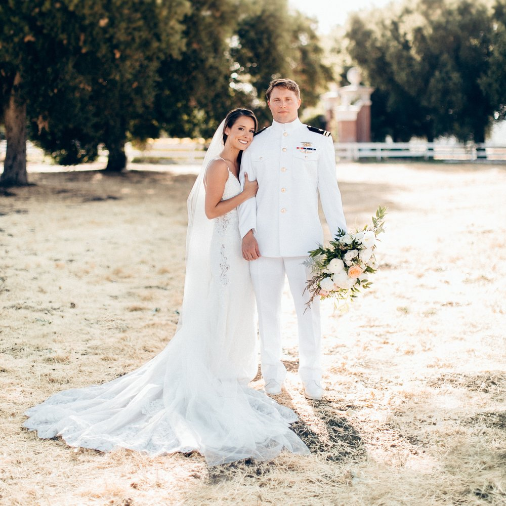 Erin & Alex // SHERWOOD COUNTRY CLUB WEDDING