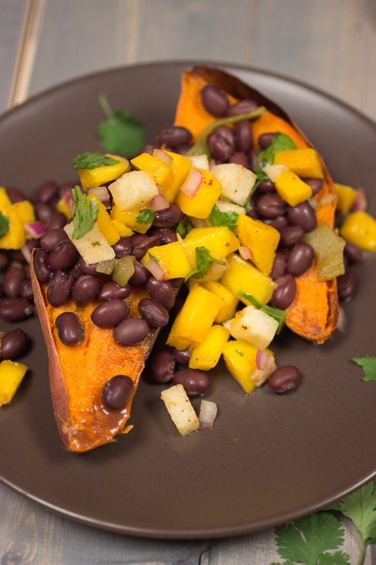 Sweet-Potatoes-with-Black-Beans-and-Mango-Salsa-120-of-17.jpg