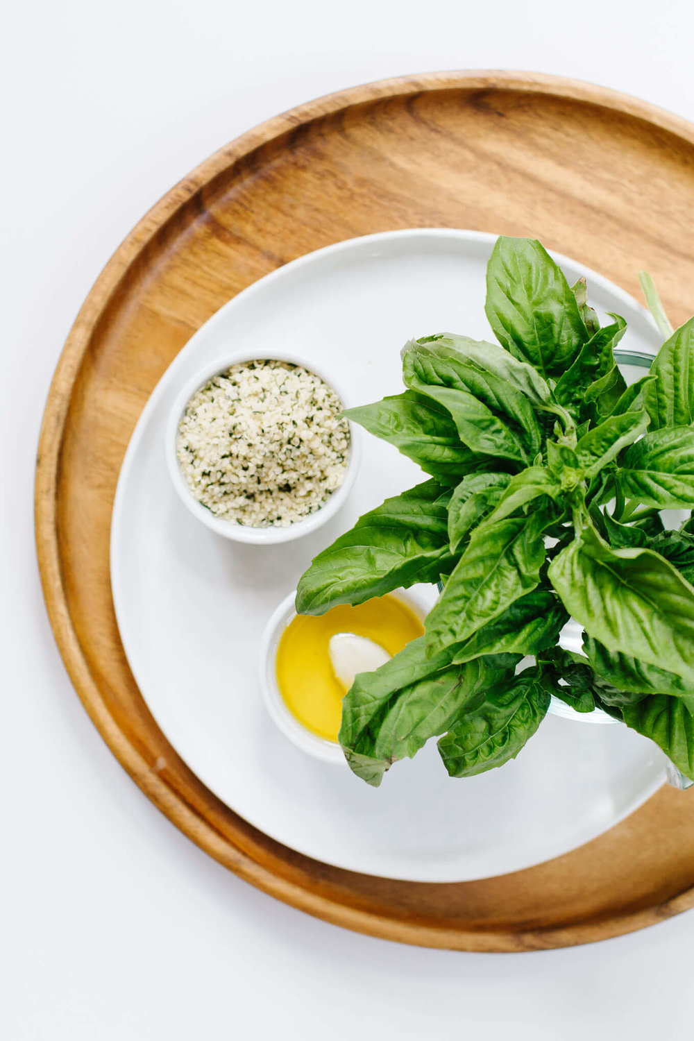 Vegan-Hemp-Seed-Basil-Pesto-2-of-6-1.jpg