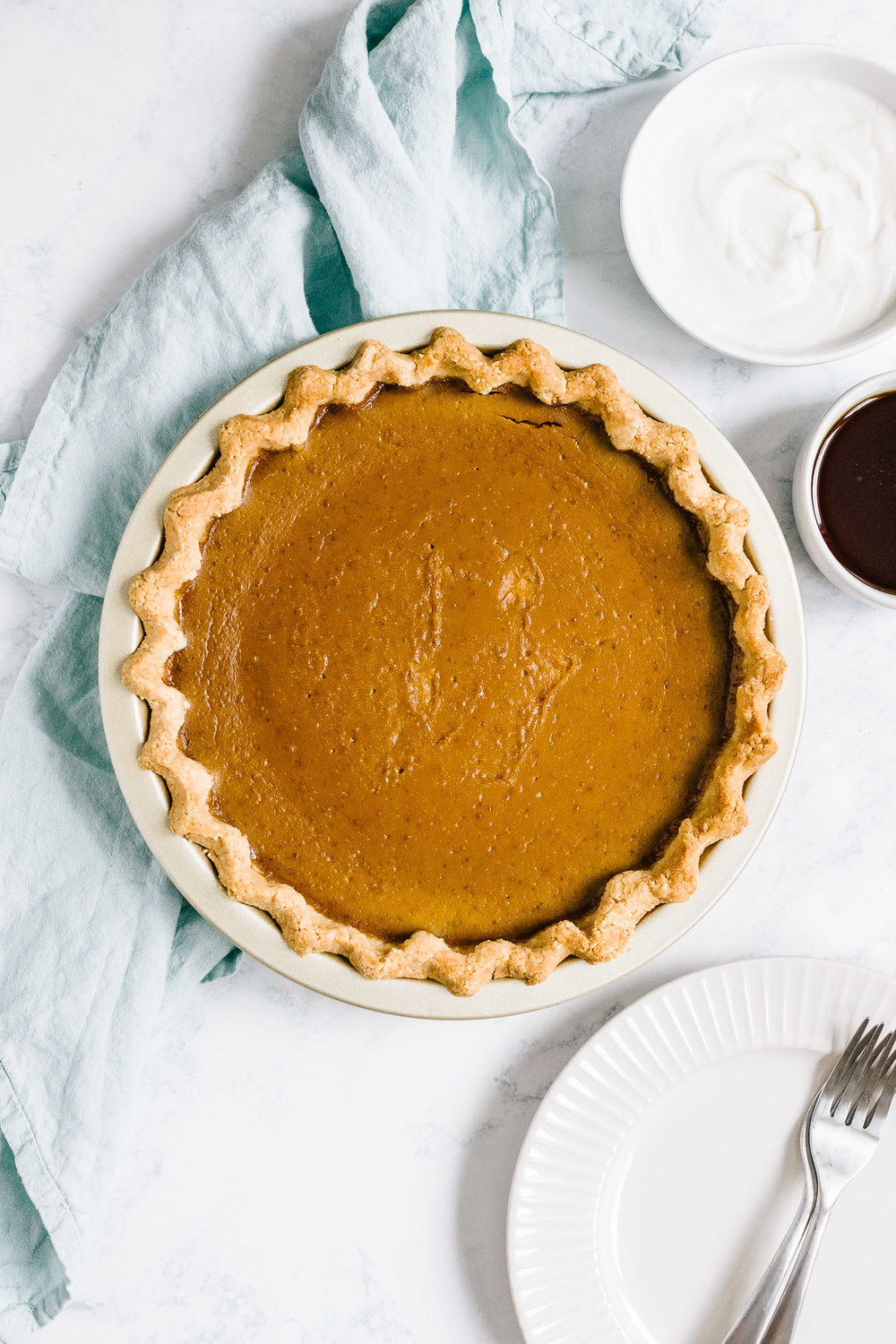 Healthy pumpkin pie with almond flour crust