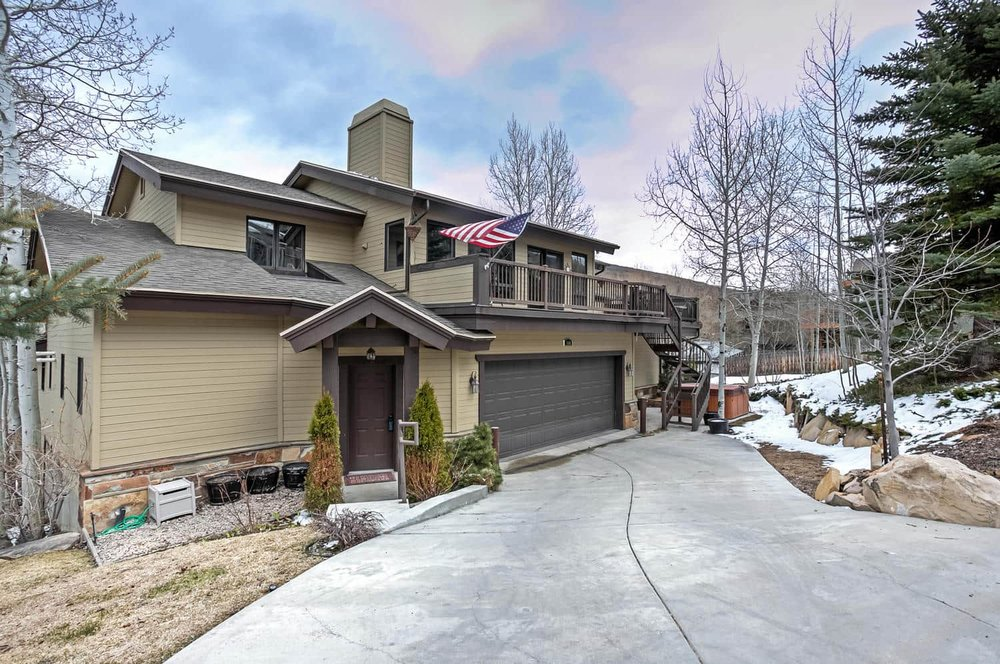 544 Deer Valley Loop Park City-large-001-1-544DeerValleyLoop001-1500x996-72dpi-min.jpg