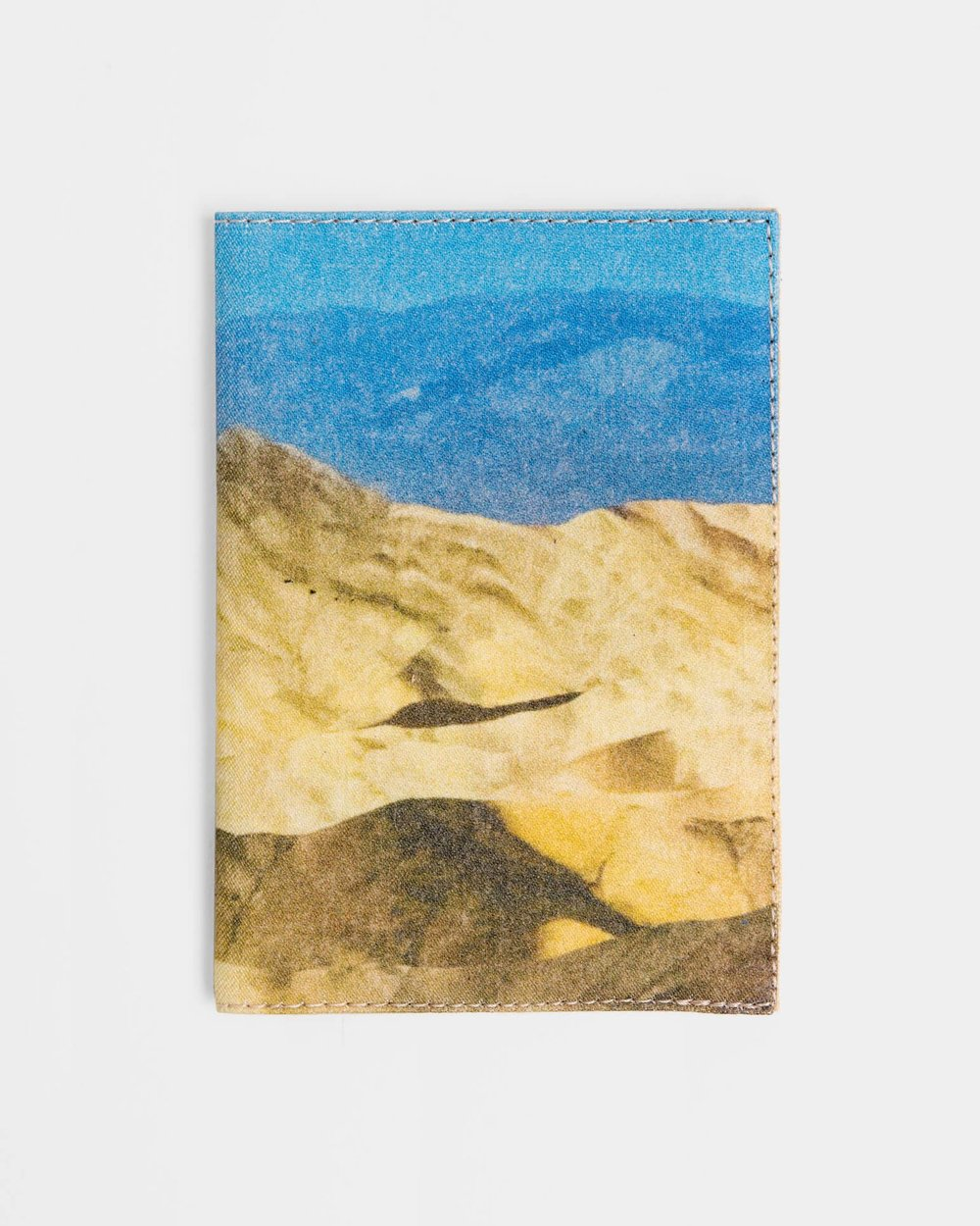 0263-Arizona-Passport-Wallet-_Photo-by-Aya-Wind_1_6f3a669f-7d21-45b2-b21c-40378ca4c0ab_1440x.jpg