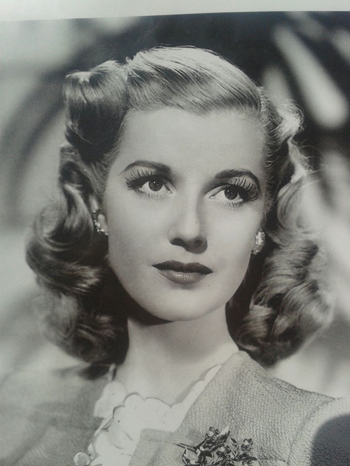 1940s-Makeup-8.jpg