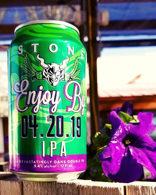 Today calls for a cold beer and @stonebrewing Enjoy By 04.20.19 hits the spot. Get it before it's too late!  #cheers  #elpaso #itsallgoodep #craftbeer #epcraftbeer #elpasocraftbeer #drinkmorecraftbeer #drinkcraftbeer #beersofinstagram #beerpic #ipa #enjoybyipa #enjoyby042019 #wednesday #humpday #midweekdrinking #midweekmotivation #stonebrewing #californiacraftbeer #california