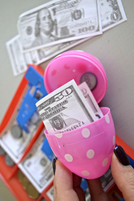 prank-easter-egg-hunt-1521572208.jpg