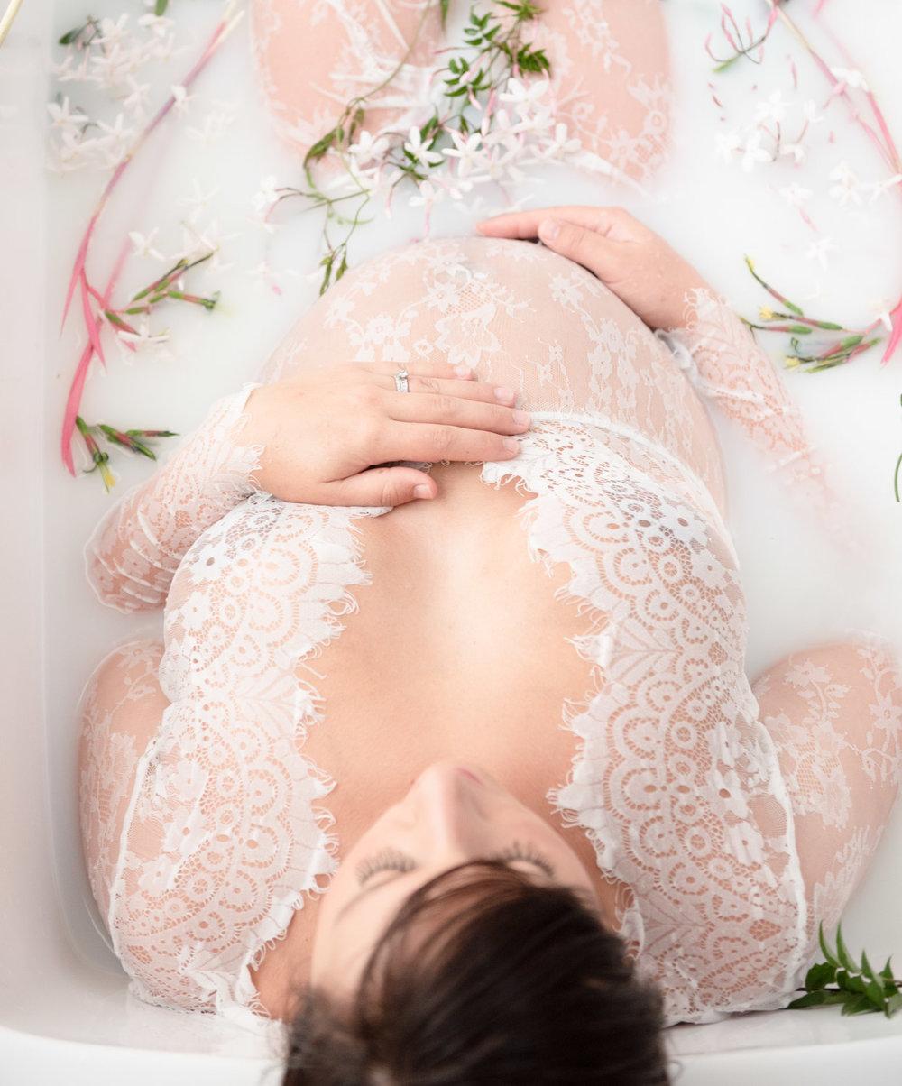 20181003-102416-shana_maternity-37weeks.jpg