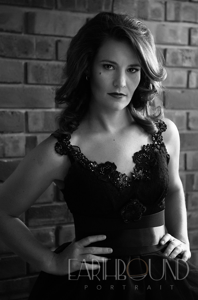 20130221_0163_Couture_Glamour_B&W.jpg