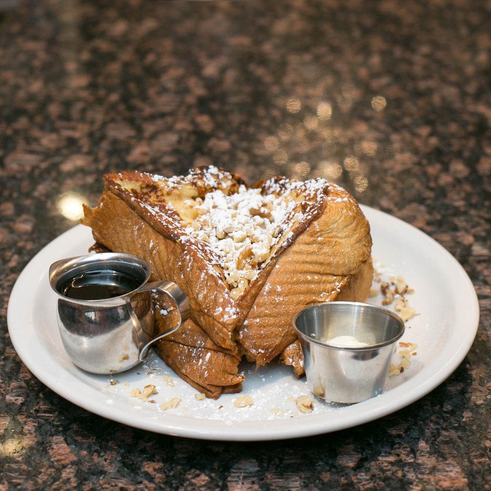 BreakfastClubandGrille (28).jpg
