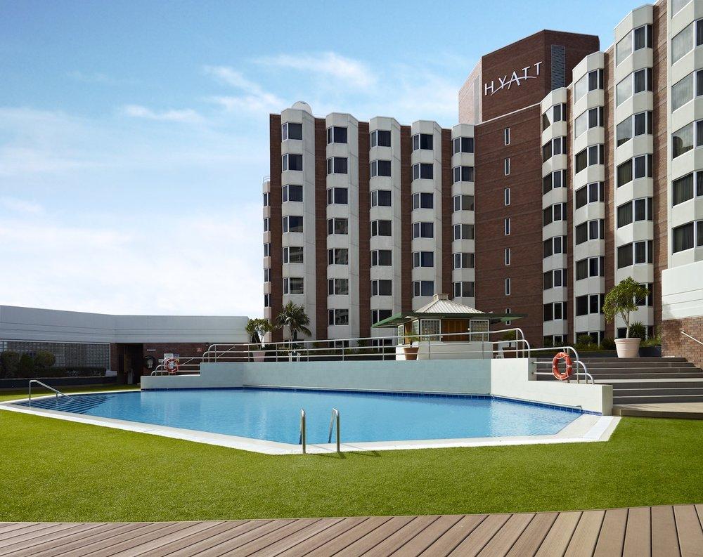 Hyatt Regency Perth wedding venue pool