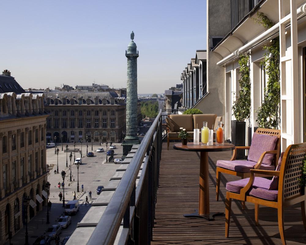 Honeymoon in Paris - Vendôme Suite - Balcony.jpg