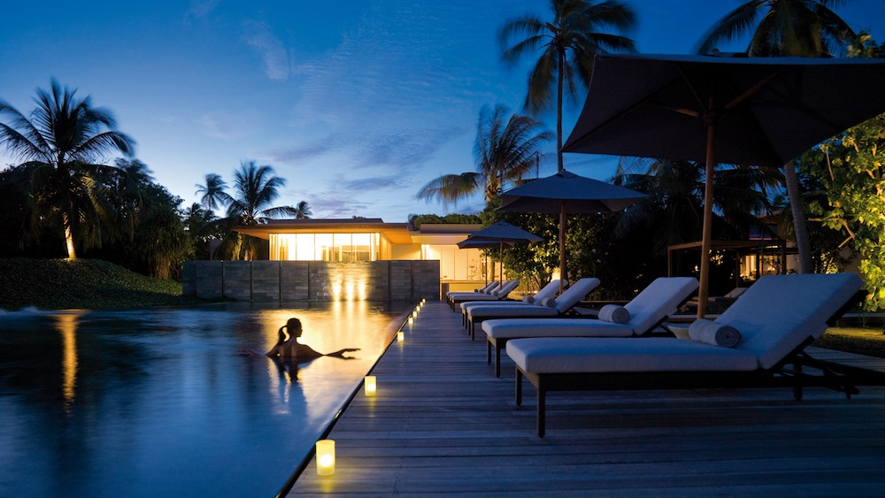 Honeymoon in the Maldives - Park Hyatt Maldives Hadahaa - The Vidhun Spa Pool