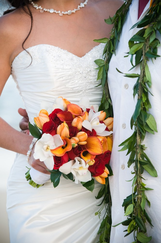 Honeymoon in Hawaii at Grand Hyatt Kauai - Wedding bouquet