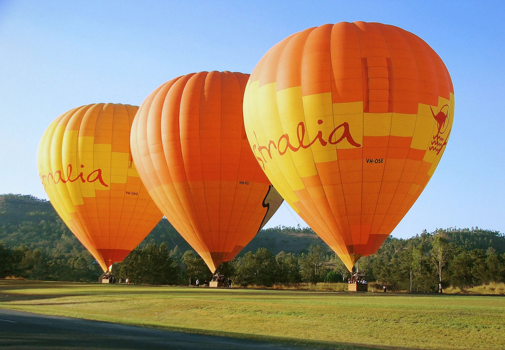 Balloon-Hot-Air---sunrise-takeoff-3-balloons---Scenic-Rim-X3.jpg