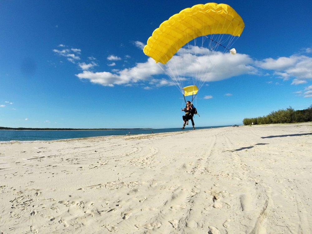 skydive-fraser-island-incredible-dz.jpg