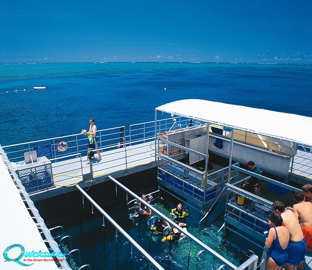 outer-barrier-reef-pontoon-platform-snorkel-area.jpg