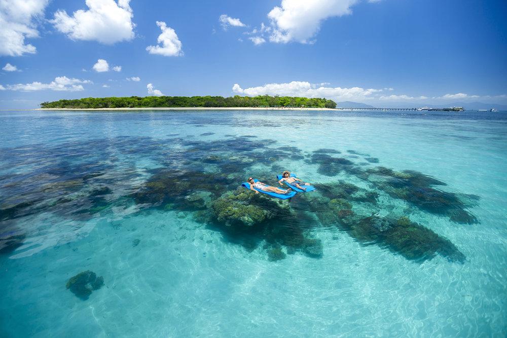 green_island_paradise.jpg