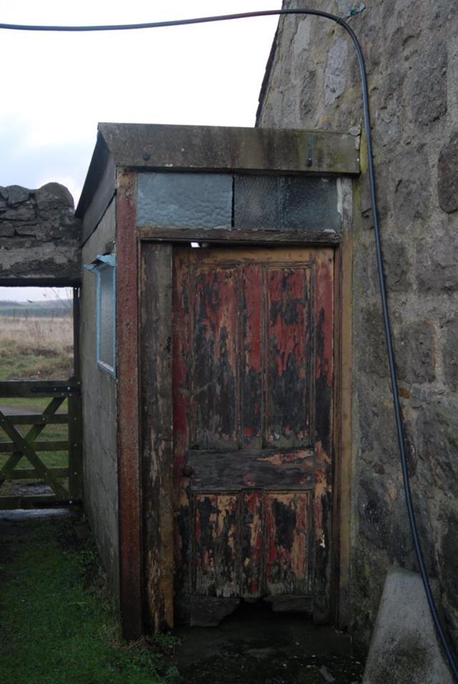 old dteading door before picture