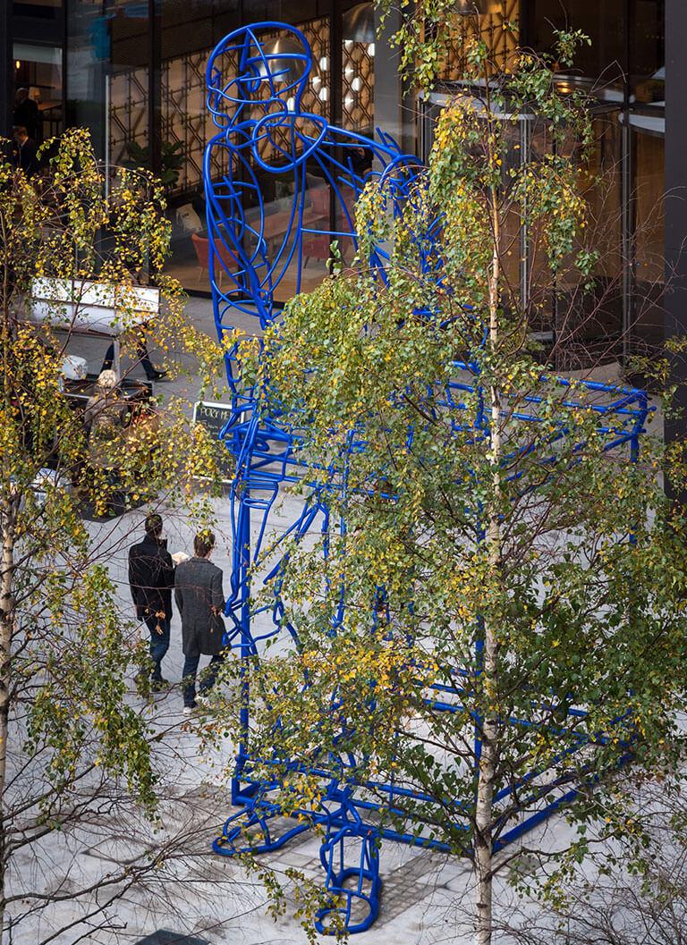 In_Anticipation_public_art_hero_sculpture_public_art_shoreditch_london_acrylicize_james_burke_artist_design_acrylicize4.jpg
