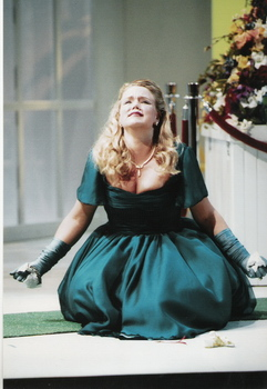 Angela Fout as Romilda