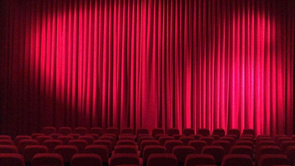 cinema-2556157_1280.jpg