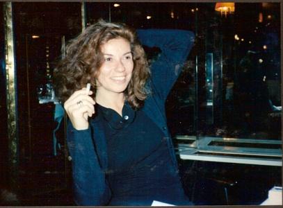 - Isabelle ma soeur cadette pianiste très parisienne