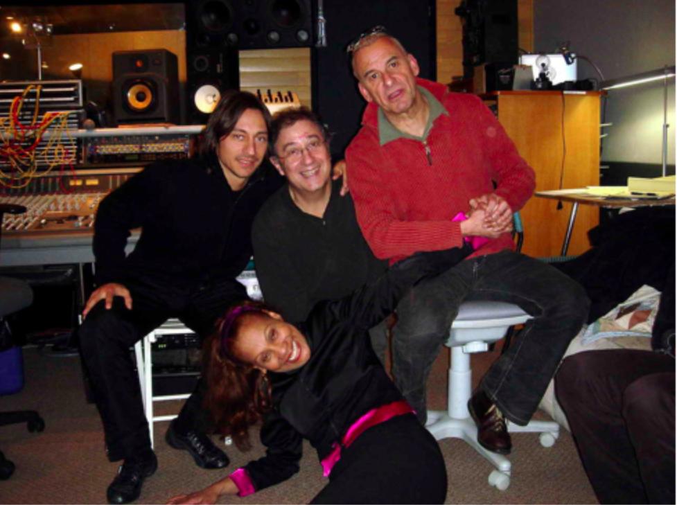 - Voici moi en bonne compagnie… (Bob Sinclar + Michel Fugain + Salomé de Bahia) travaillant sur un duo pour le dernier album de Salomé.