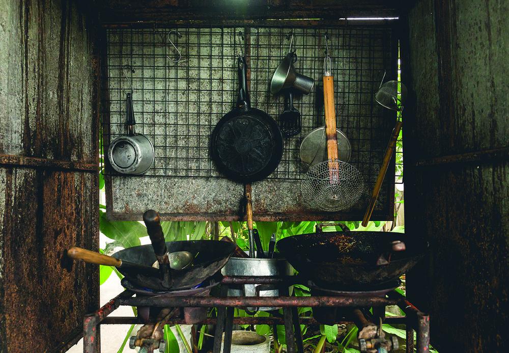 indoor_stove.jpg