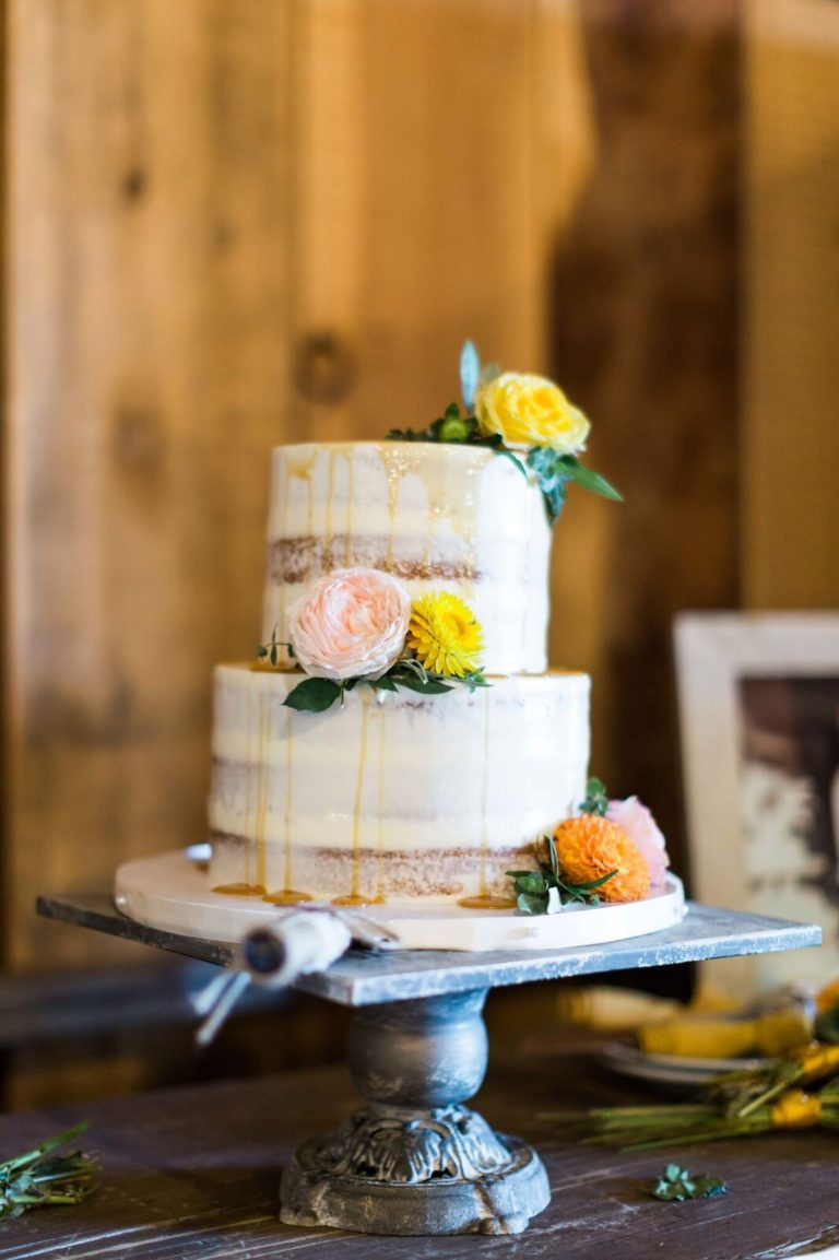 31-Central-Coast-House-of-Design-–-Yvonne-Baughman-–-Paso-Robles-LGBTQ-wedding-Central-Coast-LGBTQ-wedding-planner-Oyster-Ridge-Barn-Wedding-naked-wedding-cake-768x1153.jpg