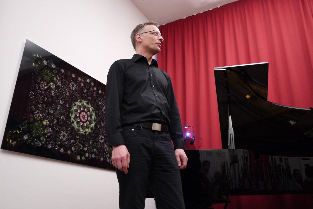 Andreas Hentricht (curator) at the Tenri Institiute, Cologne, April 2018