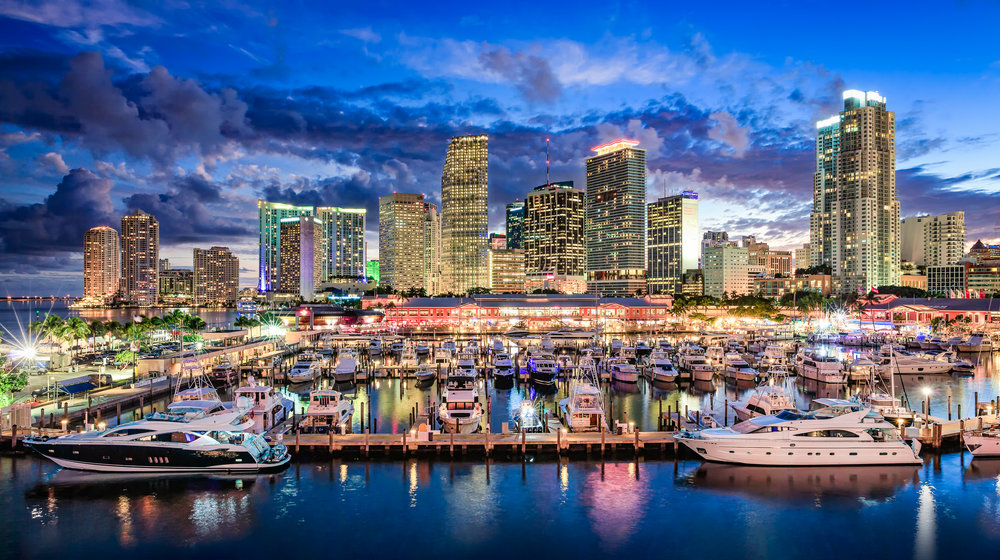 Miami_Downtown_waterfront_night_Miami_Fort_Lauderdale_commercial_photographer_Franklin_Castillo-Edit-Edit-Edit.jpg