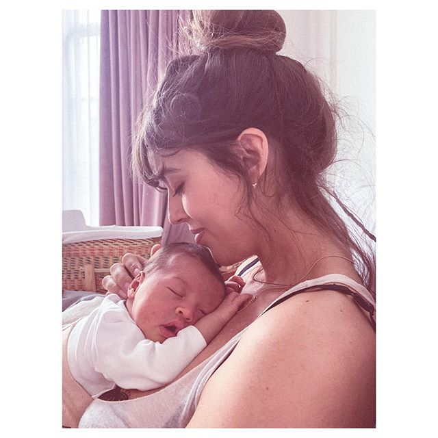 Moms rule. Thank you to for all your strength, love and sleepless nights! ❤️ @violette_fr #firstmothersday