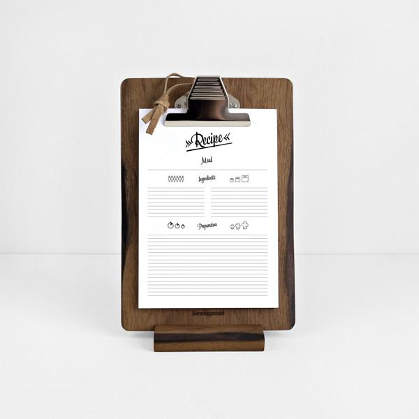 Sonntagsstaat_Clipboard_Frontal_1024x1024-1.jpg
