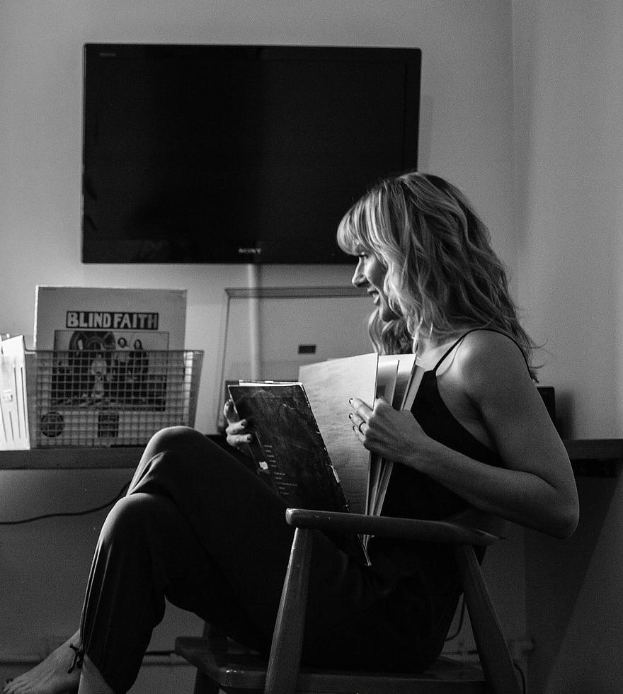 Jennifer lewis - Writer. Editor. Publisher.