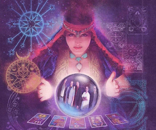 Fortune Tellers - Break the ice with your guest through our fascination & insightful mini readings.