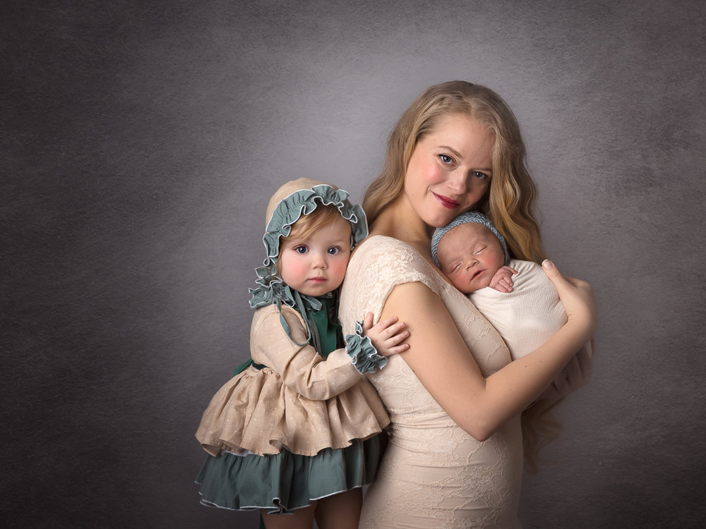 nyc family photoshoot newborn mom and kids vintage brooklyn heights-1289.jpg