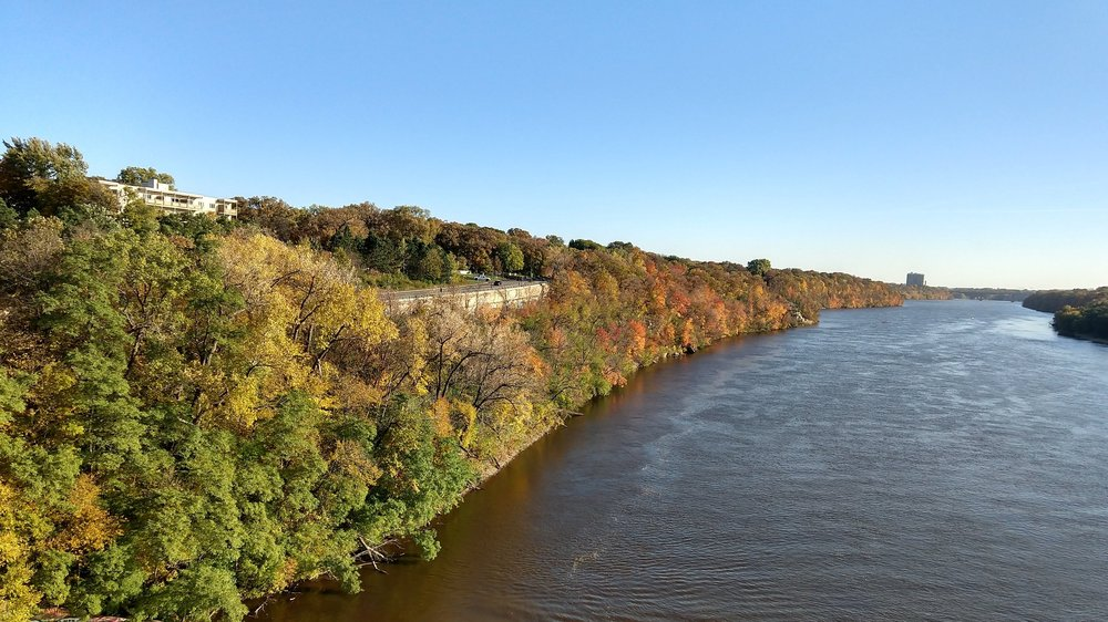 An autumnal view of the Mississippi River