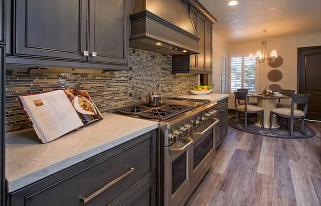 kitchen-remodeling-gas-range-ktj-design-co