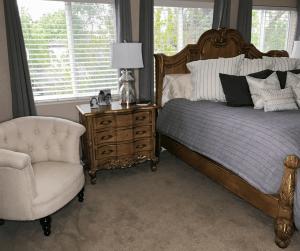 how-to-interior-design-a-living-room-kathleen-jennison-ktj-design-co-stockton-32