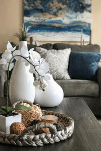 how-to-interior-design-your-living-room-kathleen-jennison-best-stockton-interior-designer-26