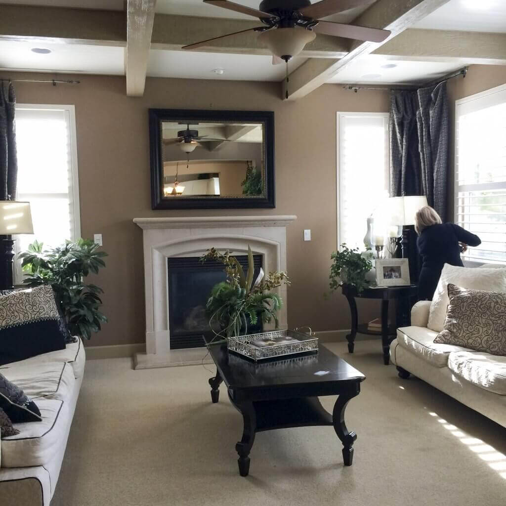 How-We-Transformed-this-Home_family-room