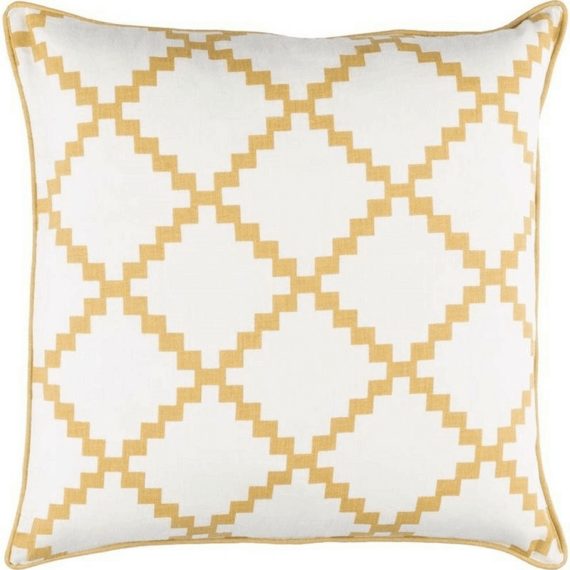 10 Quick Tips to Spruce Up Your Living Room This Week-pillows
