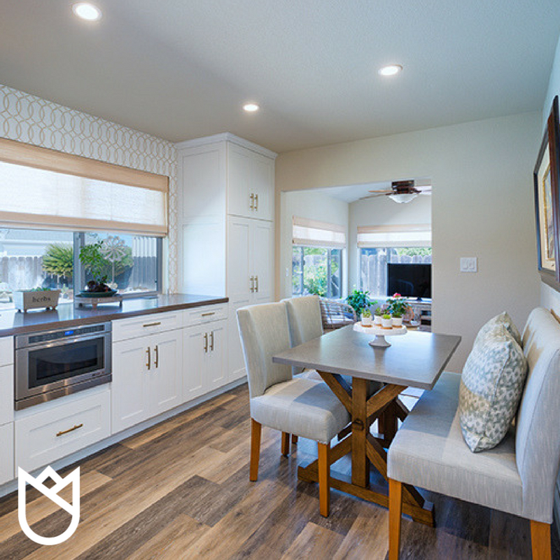 02-6-things-you-need-to-know-about-interior-designers-stockton-california-95209-kitchen-banquette.jpg